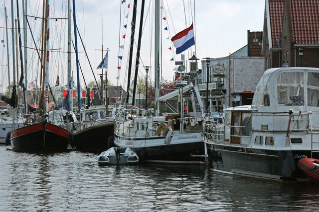 In de haven van Grou